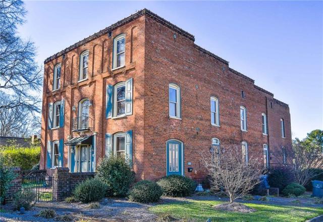 396 S Main Street, Kernersville, NC 27284 (MLS #913553) :: Kristi Idol with RE/MAX Preferred Properties