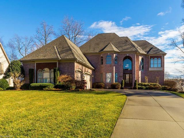 121 Salem Village Court, Clemmons, NC 27012 (MLS #914662) :: Kristi Idol with RE/MAX Preferred Properties
