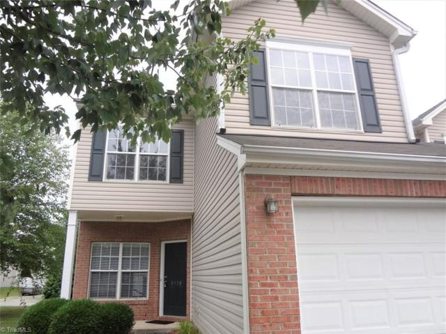 3938 Fountain Village Circle, High Point, NC 27265 (MLS #935630) :: Kristi Idol with RE/MAX Preferred Properties