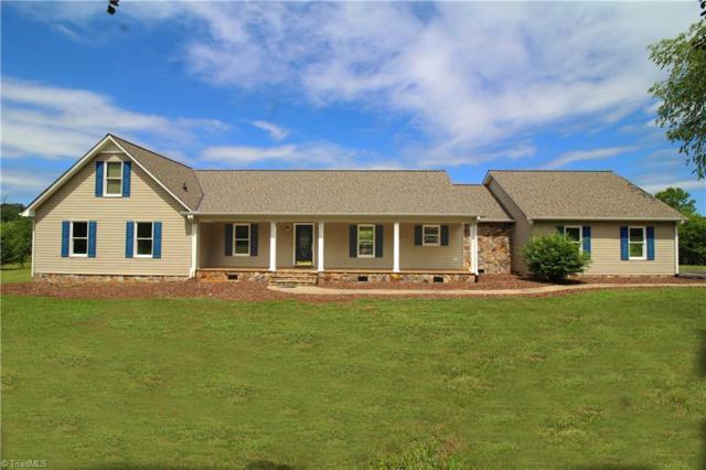 5975 Chestnut Oak Drive, Mebane, NC 27302 (MLS #936355) :: Kristi Idol with RE/MAX Preferred Properties