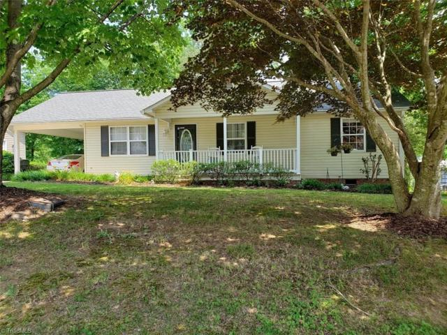 202 Browning Drive, Thomasville, NC 27360 (MLS #943352) :: Berkshire Hathaway HomeServices Carolinas Realty