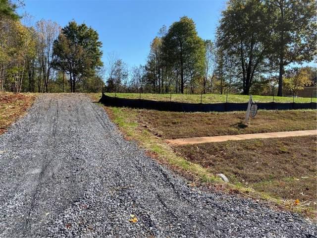 7340 Henson Forest Drive, Summerfield, NC 27358 (MLS #955688) :: Berkshire Hathaway HomeServices Carolinas Realty