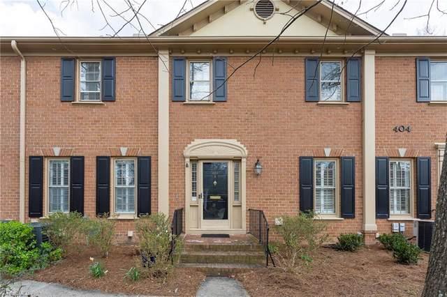 404 Fisher Park Circle B, Greensboro, NC 27401 (MLS #965389) :: Greta Frye & Associates | KW Realty Elite