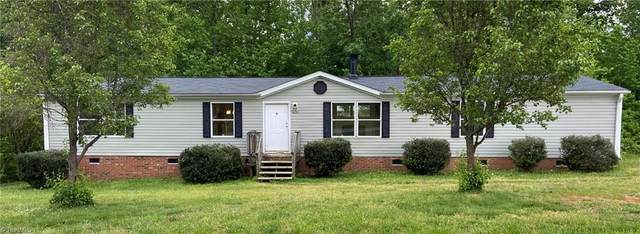 4690 Iron Weed Drive, Mcleansville, NC 27301 (MLS #975529) :: Berkshire Hathaway HomeServices Carolinas Realty