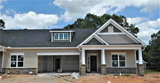 255 Hawks Nest Circle, Clemmons, NC 27012 (MLS #976815) :: Berkshire Hathaway HomeServices Carolinas Realty