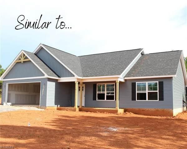 107 Brooke Ridge Drive, Thomasville, NC 27360 (MLS #1028684) :: Ward & Ward Properties, LLC
