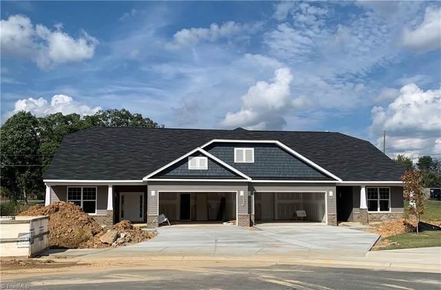 134 Oxford Ridge Court Lot 9, Kernersville, NC 27284 (MLS #1042002) :: Ward & Ward Properties, LLC