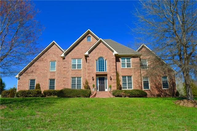 4302 Gelding Court, High Point, NC 27265 (MLS #876219) :: Kristi Idol with RE/MAX Preferred Properties