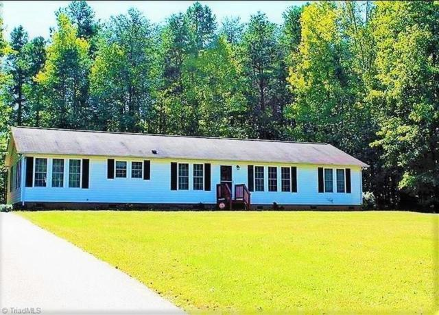 2046 Chris Drive, Walkertown, NC 27051 (MLS #880810) :: Banner Real Estate
