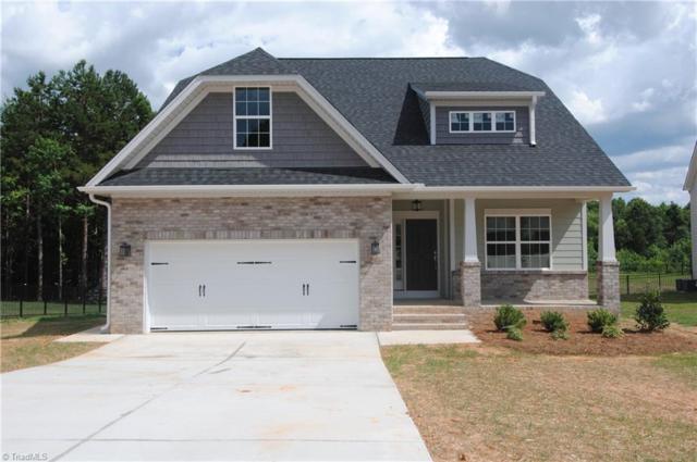 120 Meadowfield Run, Clemmons, NC 27012 (MLS #881959) :: Kristi Idol with RE/MAX Preferred Properties