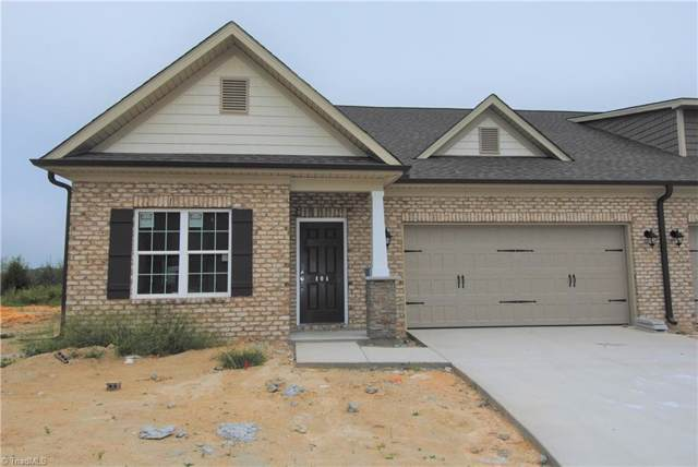 404 Overlook Trail, Clemmons, NC 27012 (MLS #943394) :: Kim Diop Realty Group