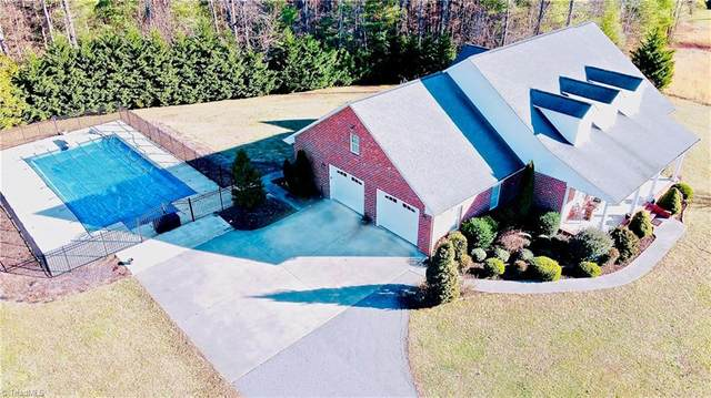 300 Smitheys Country Lane, Millers Creek, NC 28651 (MLS #962604) :: Ward & Ward Properties, LLC