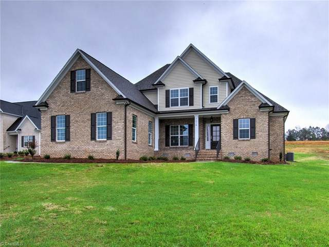 7616 Sir William Drive, Kernersville, NC 27284 (MLS #972759) :: Berkshire Hathaway HomeServices Carolinas Realty