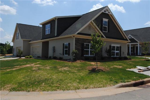 226 Hawks Nest Circle, Clemmons, NC 27012 (MLS #873918) :: Kristi Idol with RE/MAX Preferred Properties