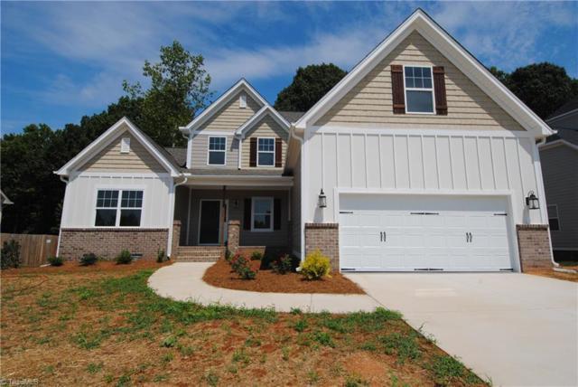 215 Meadowfield Run, Clemmons, NC 27012 (MLS #882197) :: Kristi Idol with RE/MAX Preferred Properties