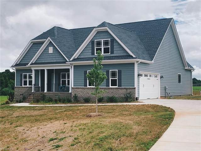 8436 Newgate Trace, Browns Summit, NC 27214 (MLS #962729) :: Ward & Ward Properties, LLC