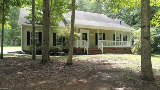 6913 Harvest Glen Drive, Greensboro, NC 27406 (MLS #892524) :: Kristi Idol with RE/MAX Preferred Properties