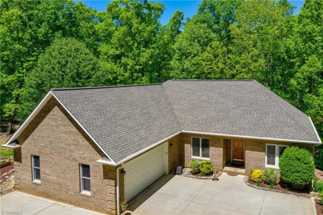 906 Rocky Cove Lane, Denton, NC 27239 (MLS #929694) :: Kristi Idol with RE/MAX Preferred Properties