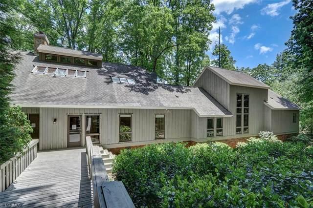 8105 Hunting Cog Road, Oak Ridge, NC 27310 (MLS #976196) :: Greta Frye & Associates | KW Realty Elite