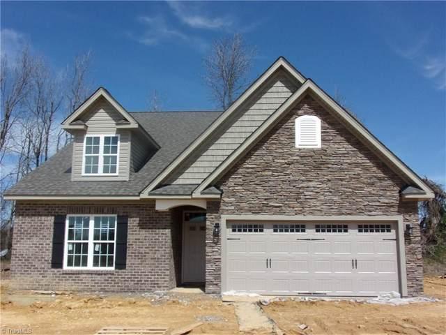 423 Freemont Drive, Thomasville, NC 27360 (MLS #1008573) :: Ward & Ward Properties, LLC
