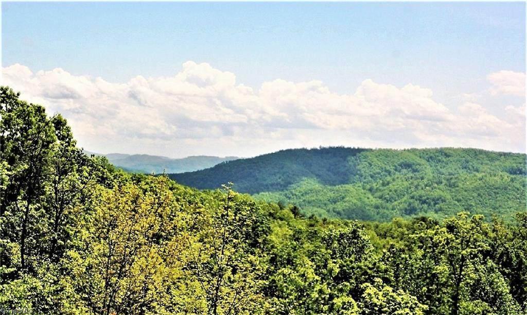 4025 Elk Ridge Road - Photo 1