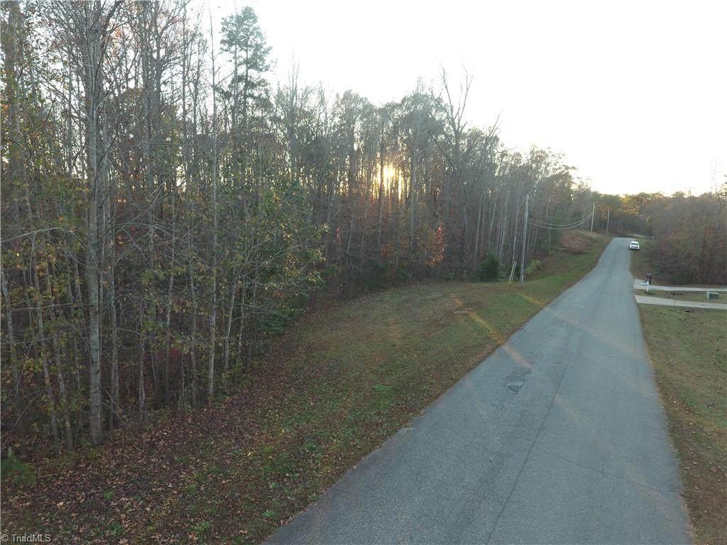 194 Running Stream Lane - Photo 1