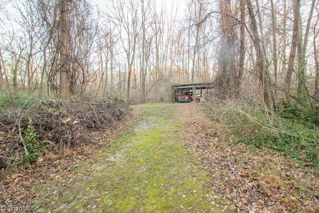 6702 Chadmoor Court, Greensboro, NC 27406 (MLS #1007454) :: Ward & Ward Properties, LLC