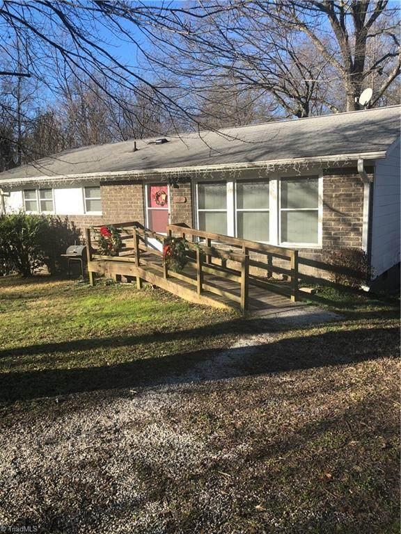 4207 Hampshire Drive, Greensboro, NC 27405 (MLS #1008070) :: Berkshire Hathaway HomeServices Carolinas Realty