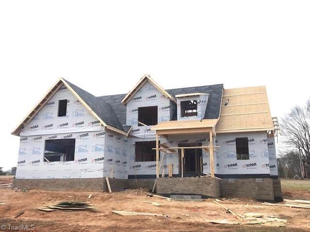 7307 Harkwood Trail, Oak Ridge, NC 27310 (MLS #1008133) :: Berkshire Hathaway HomeServices Carolinas Realty