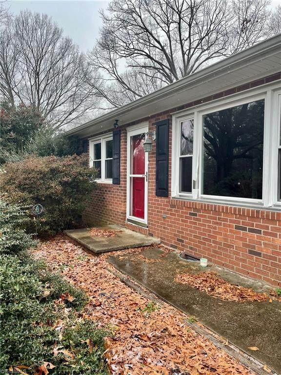 514 Walkertown Guthrie Road, Winston Salem, NC 27101 (MLS #1008302) :: Berkshire Hathaway HomeServices Carolinas Realty