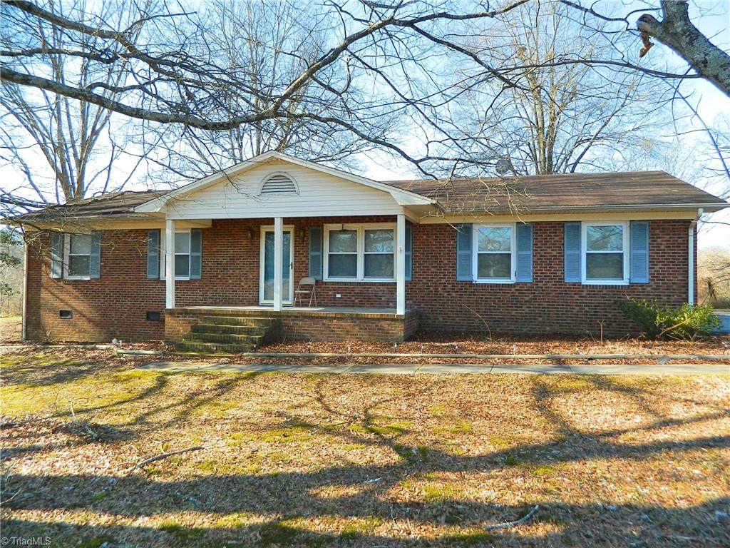 4402 Archdale Road - Photo 1