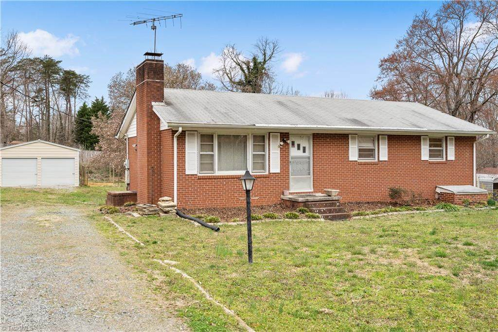 3015 Pleasant Ridge Road - Photo 1