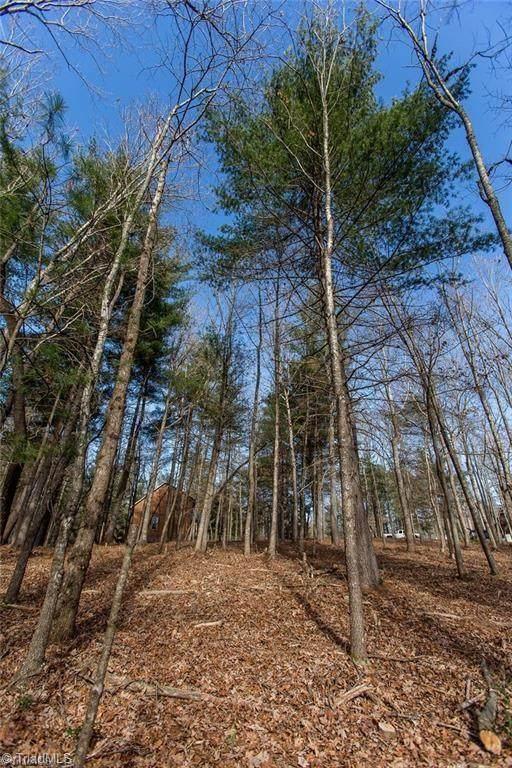 Lot 40 W Meadow Parkway, Moravian Falls, NC 28654 (MLS #1019495) :: Berkshire Hathaway HomeServices Carolinas Realty