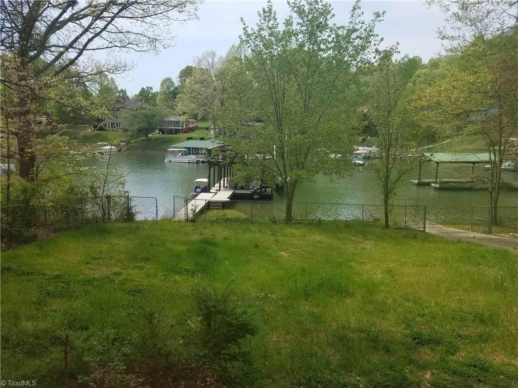 3890 Lake Shore Road - Photo 1