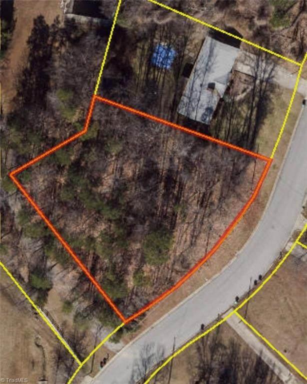 120 Orville Drive, High Point, NC 27260 (MLS #1020366) :: Ward & Ward Properties, LLC