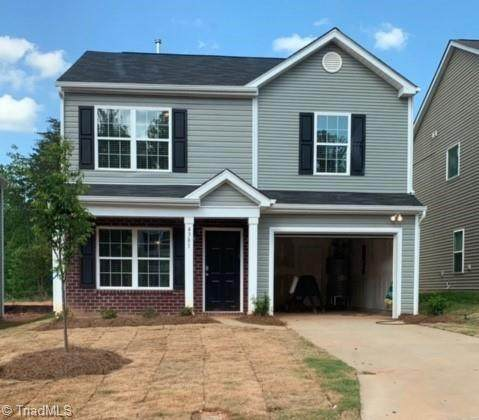 4381 Oak Pointe Drive, Winston Salem, NC 27105 (MLS #1020399) :: Greta Frye & Associates | KW Realty Elite