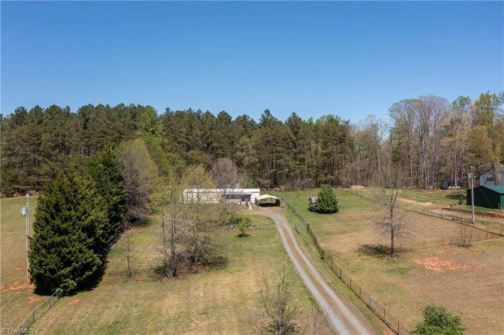 4295 Rolling Hill Drive - Photo 1