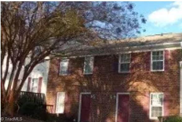 3529 Lynhaven Drive D, Greensboro, NC 27406 (MLS #1023098) :: Team Nicholson
