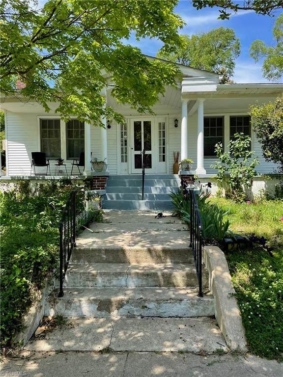 207 Aberdeen Terrace, Greensboro, NC 27403 (MLS #1023144) :: Berkshire Hathaway HomeServices Carolinas Realty