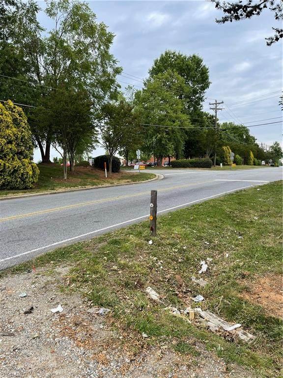 5503 Sapp Road, Greensboro, NC 27409 (MLS #1024106) :: Lewis & Clark, Realtors®