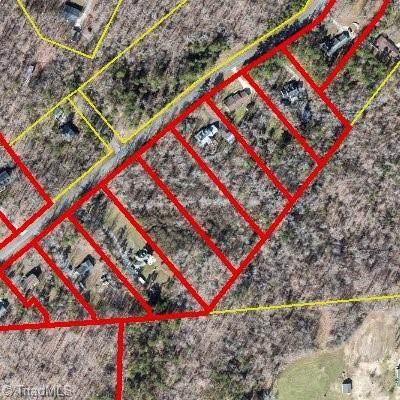 7213 Shellford Drive, Greensboro, NC 27406 (MLS #1024166) :: Lewis & Clark, Realtors®
