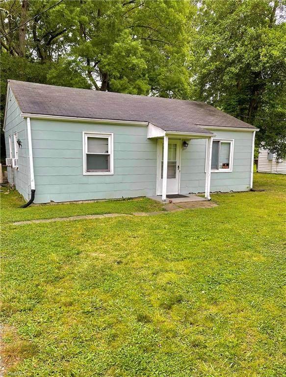 1217 Lolly Lane, Greensboro, NC 27405 (MLS #1027663) :: Berkshire Hathaway HomeServices Carolinas Realty