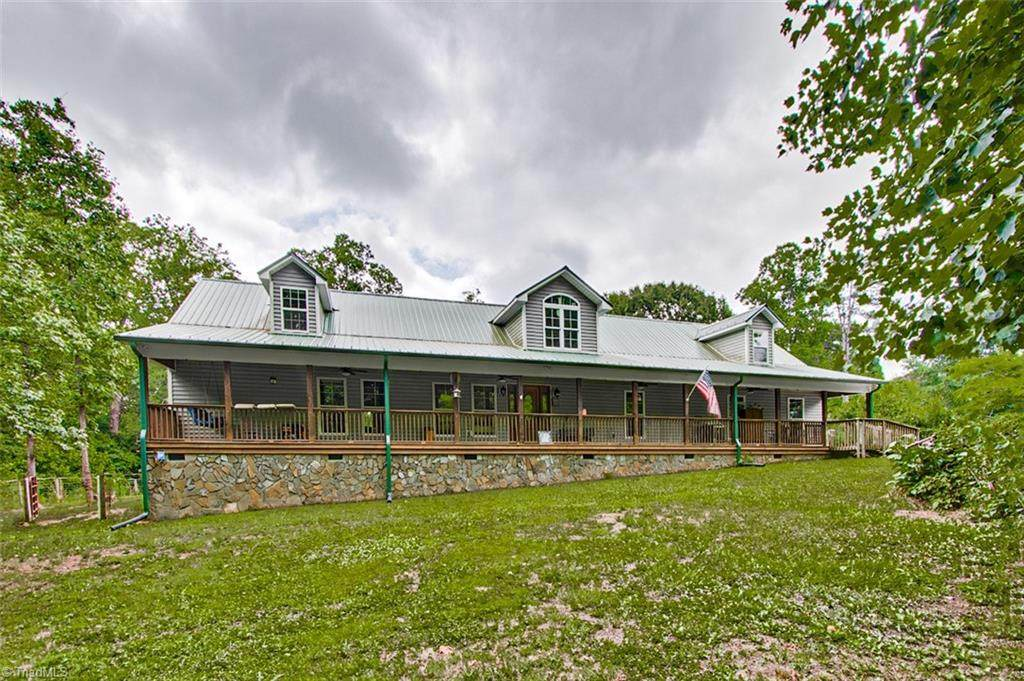 2605 Nelson Farm Road - Photo 1