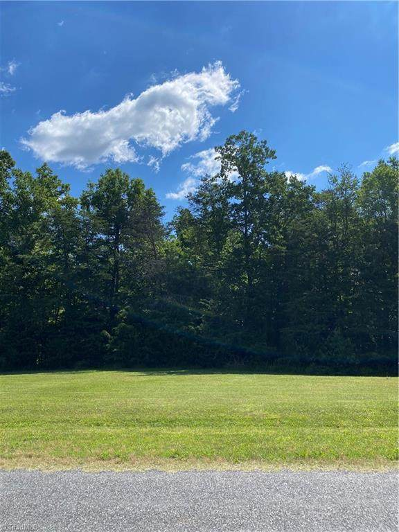 7854 Sutter Road, Greensboro, NC 27455 (MLS #1030100) :: Hillcrest Realty Group