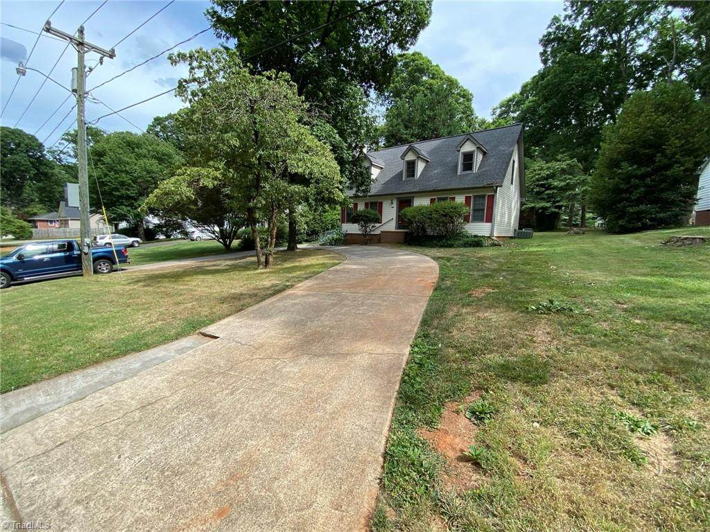 1207 Peace Haven Road - Photo 1