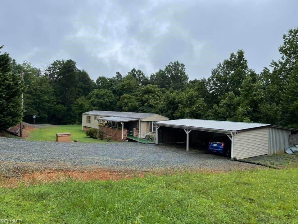 1045 Pink Smith Road - Photo 1