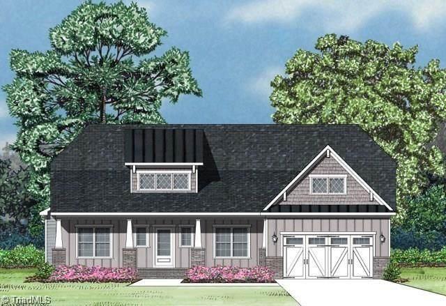 5621 Crooked Oak Drive, Summerfield, NC 27358 (#1034546) :: Rachel Kendall Team