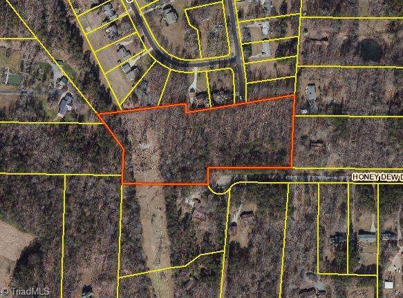 4503 Honey Dew Drive, Mcleansville, NC 27301 (MLS #1035184) :: Witherspoon Realty