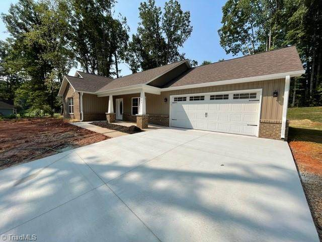 105 Briar Court, King, NC 27030 (MLS #1036248) :: Hillcrest Realty Group