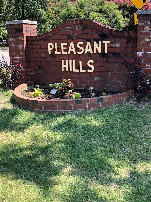 1502 Brannock Drive, Greensboro, NC 27406 (#1038367) :: Mossy Oak Properties Land and Luxury